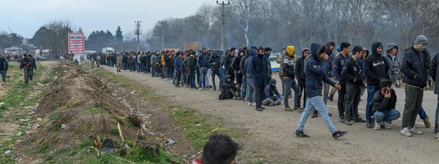 Migranten an der Grenze zu Griechenland