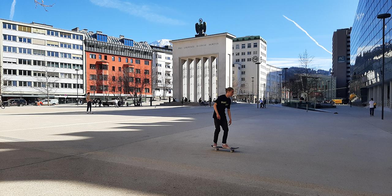 Skaten am Landhausplatz