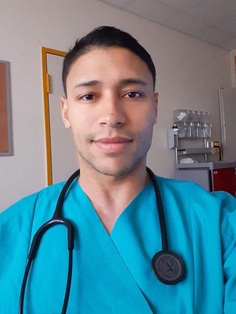 Dr. Marcus Bukowsky, Arzt