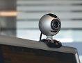 Webcam auf einem PC-Monitor