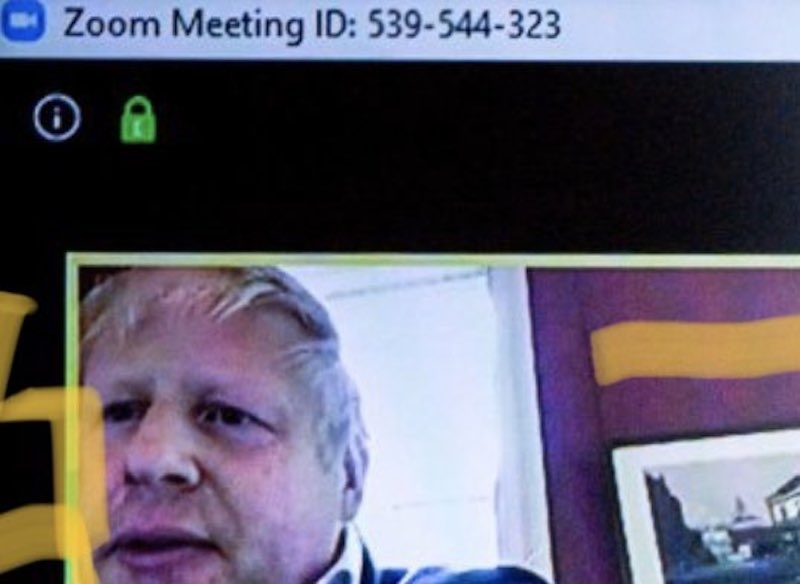 Boris Johnson in einem Zoom Meeting