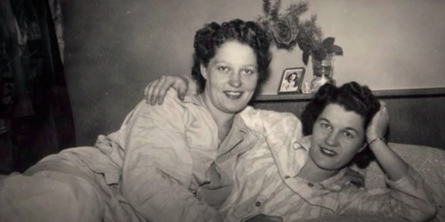 Terry Donahue und Pat Henschel, A Secret Love