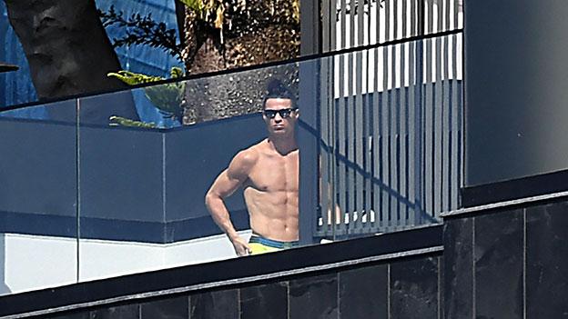 Cristiano Ronaldo oben ohne
