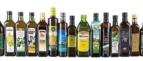 Flaschen mit Olivenöl