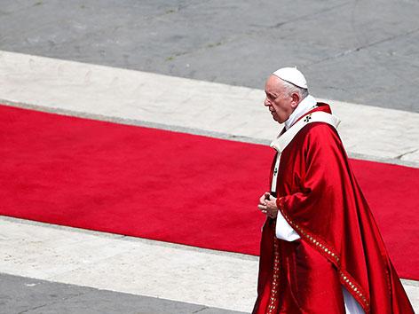 Papst Franziskus bei der Pfingstmesse 2019