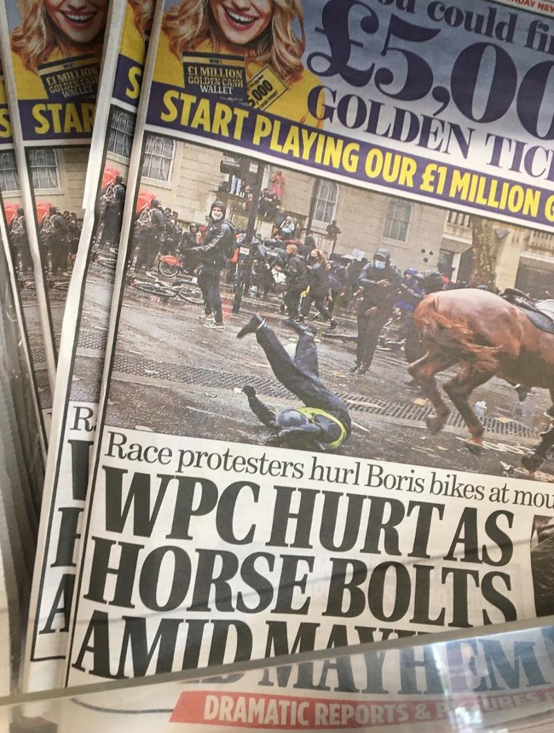 Titelseite der Mail on Sunday