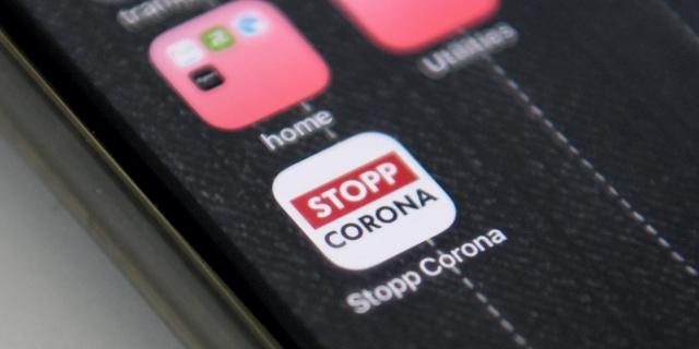 Corona App installiert auf einem Smartphone