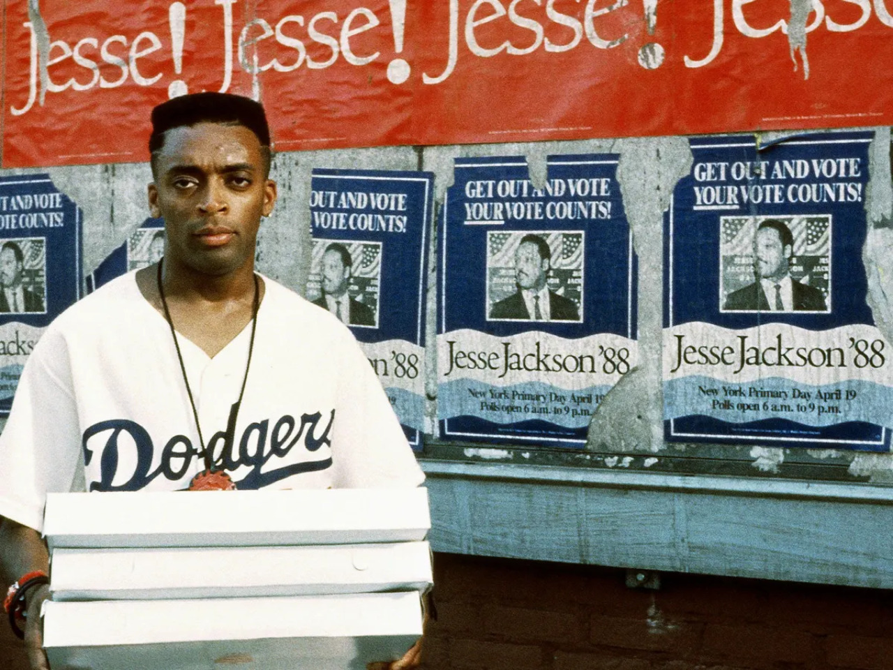 "Spike Lee in ""Do the right thing"""