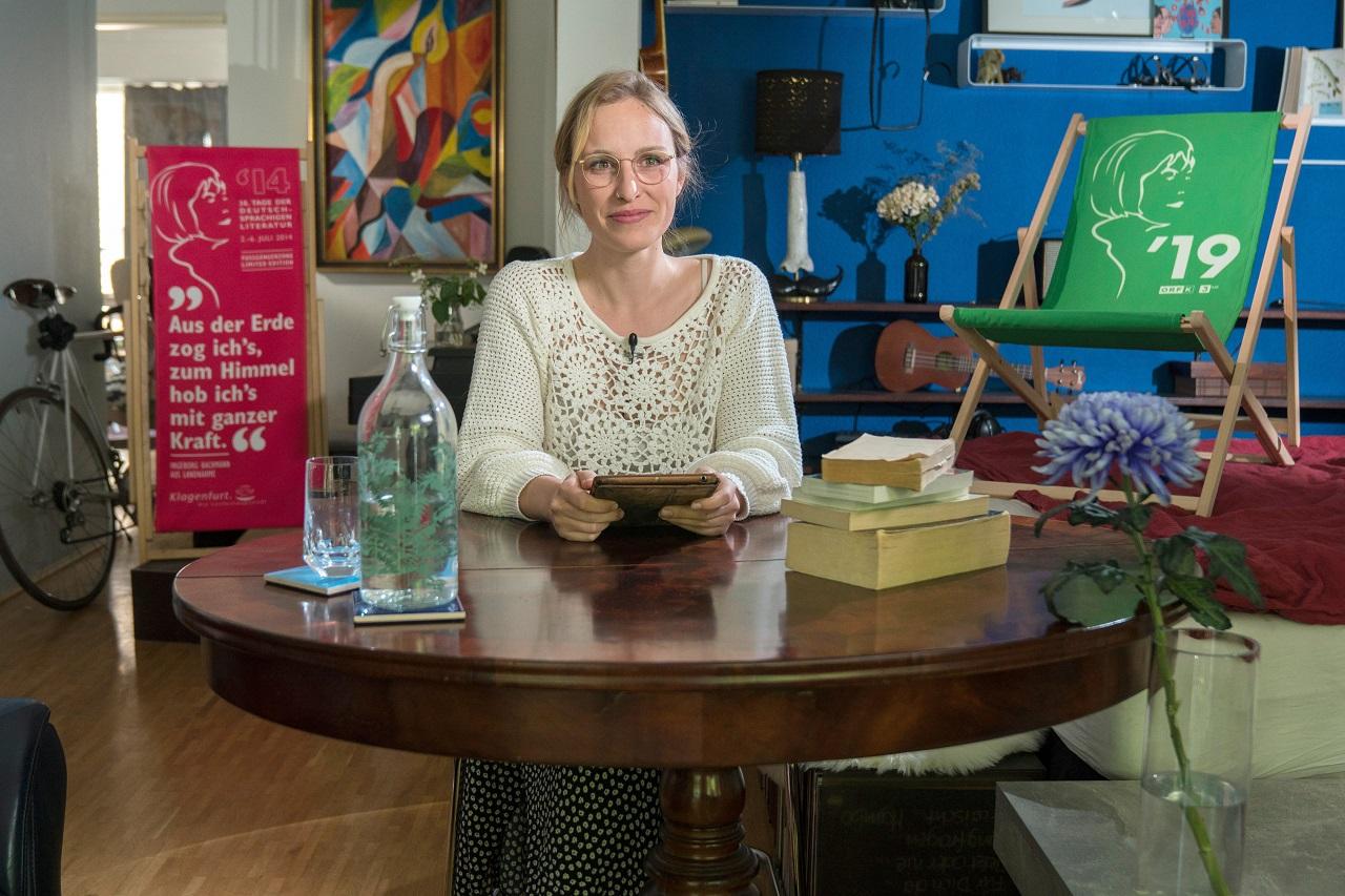 Hanna Herbst vor der Bachmannbewerb-Lesung