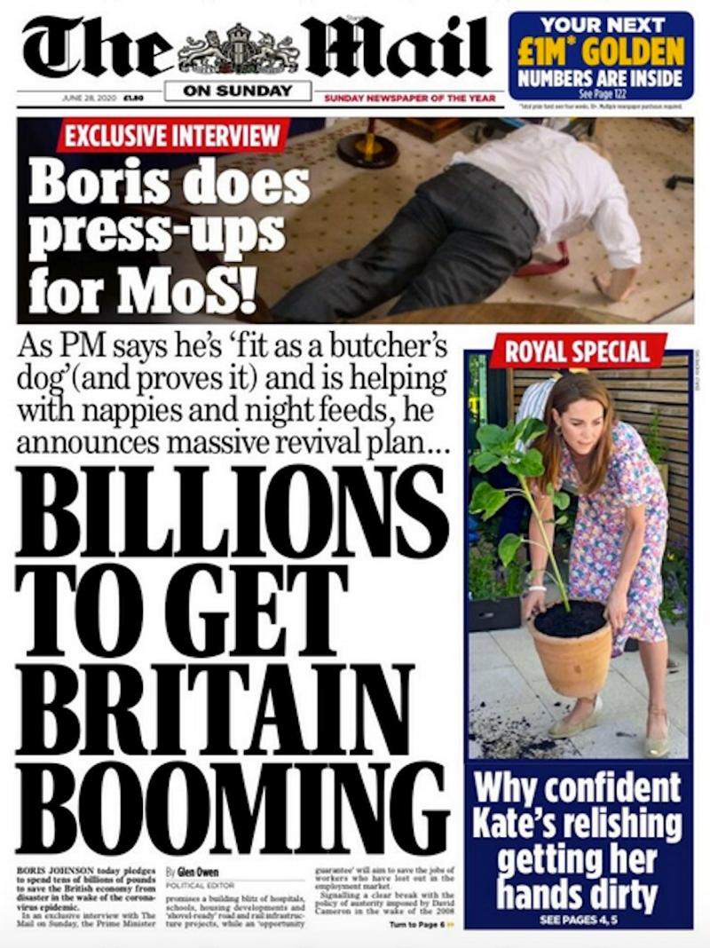 """Titelseite der Mail on Sunday. Boris Johnson macht Liegestützen, Überschrift: """"Billions to get Britain Booming"""""""