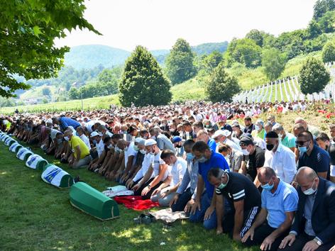 Gedenken an Massaker von Srebrenica