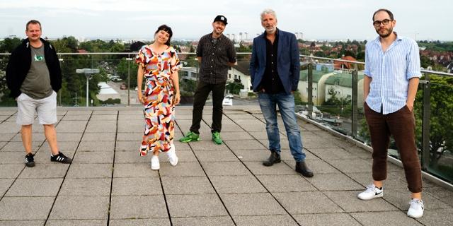 Fiva und DJ Phekt mit ihren Gästen, Dirk Sterman und 5/8erl in Ehr'n