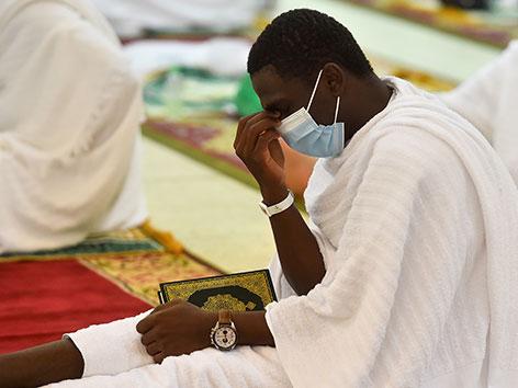 Gebet in der Namira-Moschee am Berg Arafat, Saudi-Arabien, Hadsch 2020