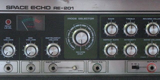 Roland Space Echo RE201