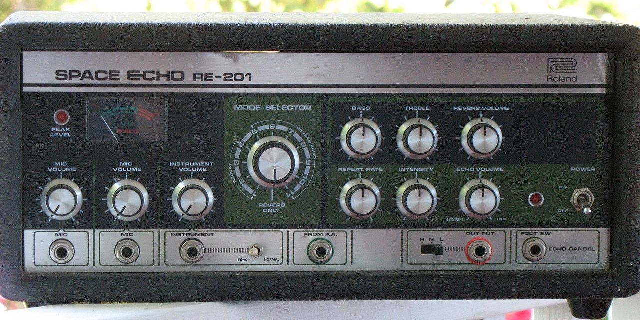 Roland Space Echo RE201
