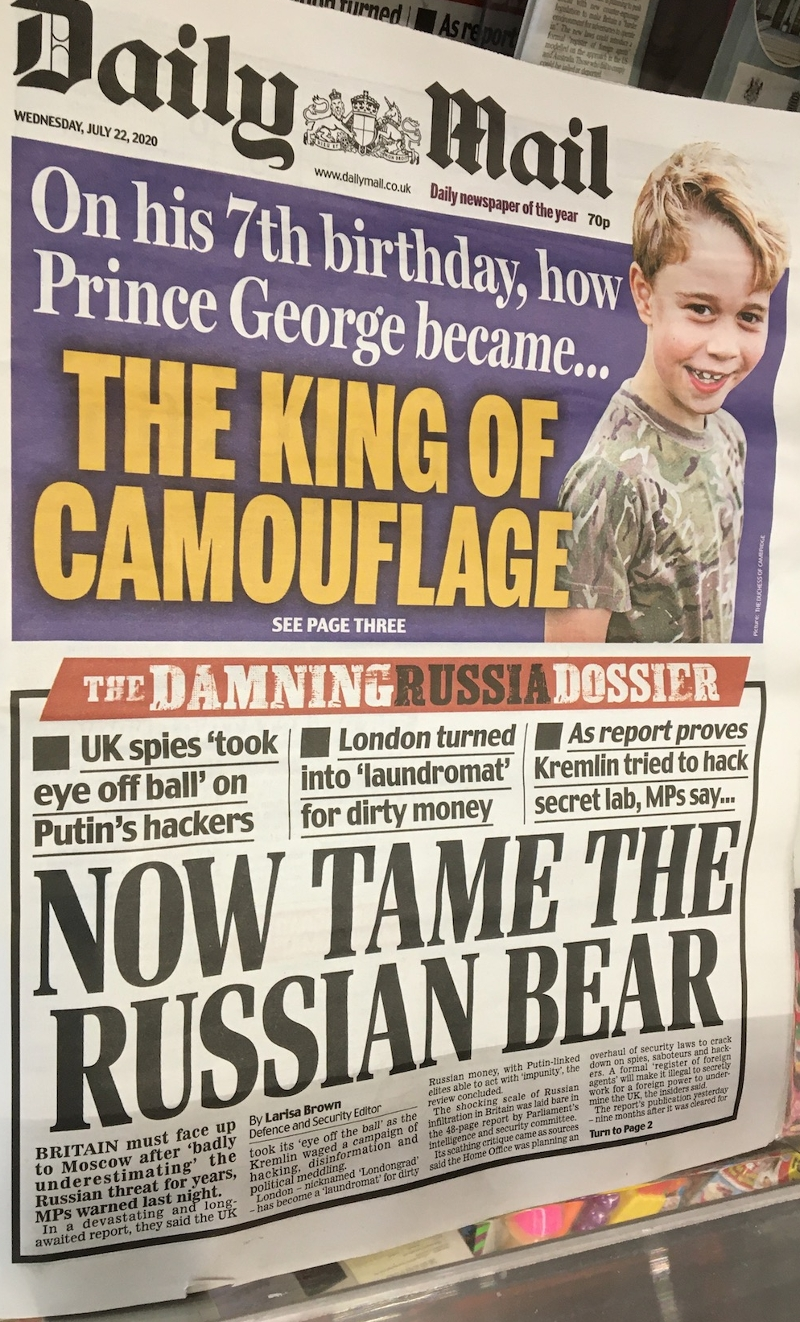 """""""Now Tame The Russian Bear"""" - Daily Mail Schlagzeile"""
