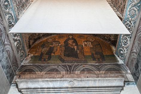Christliche Mosaike in der Hagia Sophia verhüllt