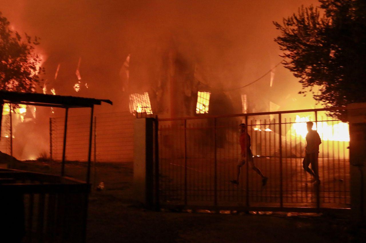 Brand im Flüchtlingslager in Moria