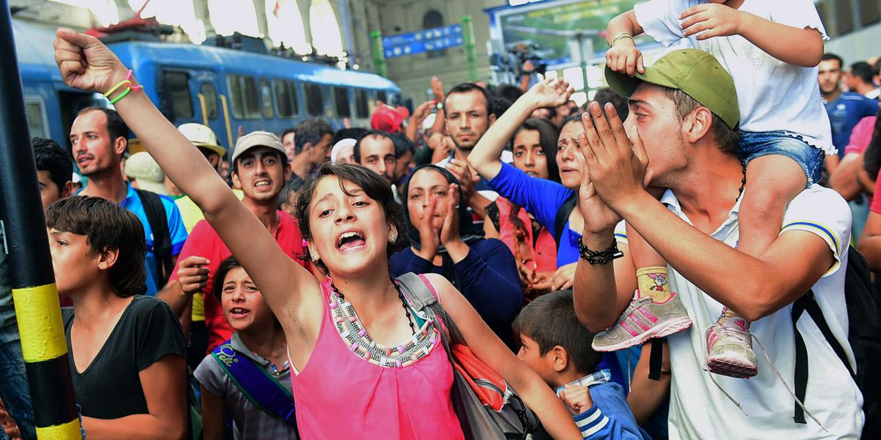 Flüchtlinge am Budapester Ostbahnhof Keleti