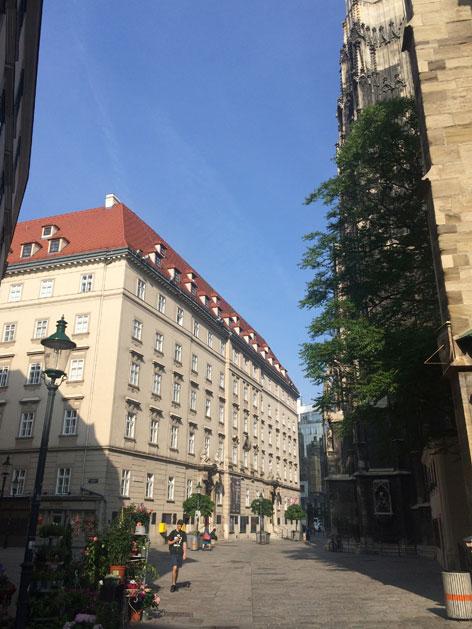 Das Gebäude Stephansplatz 3, in dem die Theologischen Kurse untergebracht sind