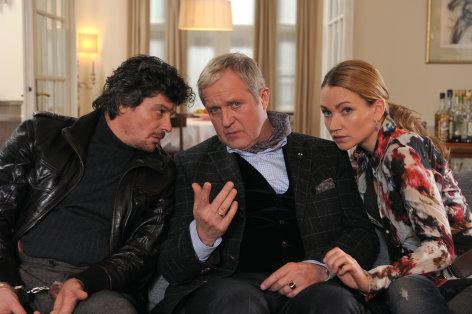 Trau niemals deiner Frau    Originaltitel: Trau niemals deiner Frau (AUT 2012)  Regie: Lars Becker