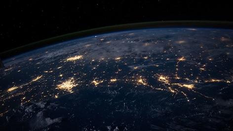Satellitenbild der nächtlichen Erde