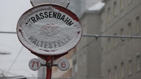 Straßenbahn Station Schnee