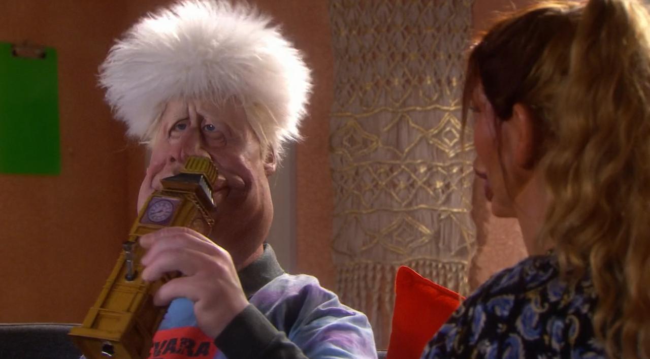 Boris Johnson mit Wasserpfeife