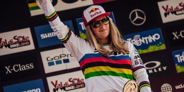 Vali Höll als Junioren-Weltmeisterin