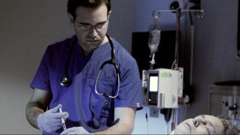 Im Brennpunkt Verbrechen  Erbarmungslos: Stephan Letter - Pfleger ohne Gnade  Originaltitel: Deadly Souls: Stephan Letter - The Death Angel of Sonthofen