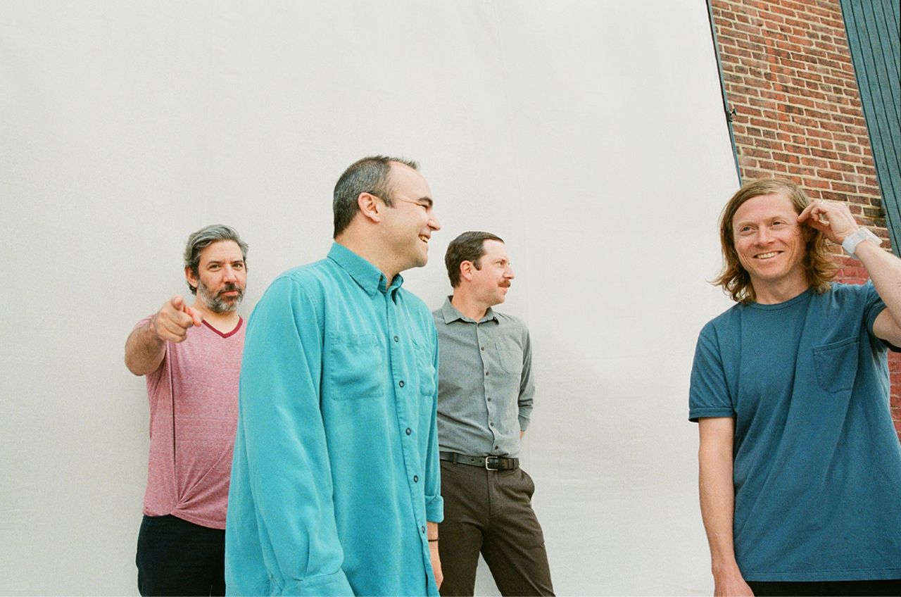 "Neues Future Islands Album ""As Long As You Are"""