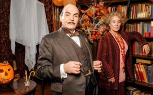 """Agatha Christie's Poirot <br /> Die Halloween-Party <br /> Originaltitel: Poirot """"The Halloween Party"""" (GB 2009), Regie: Charlie Palmer"""