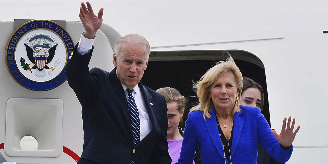 Joe Biden steigt aus der Air Force One