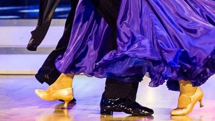 Beine der Dancing Stars bei ihren Auftritten