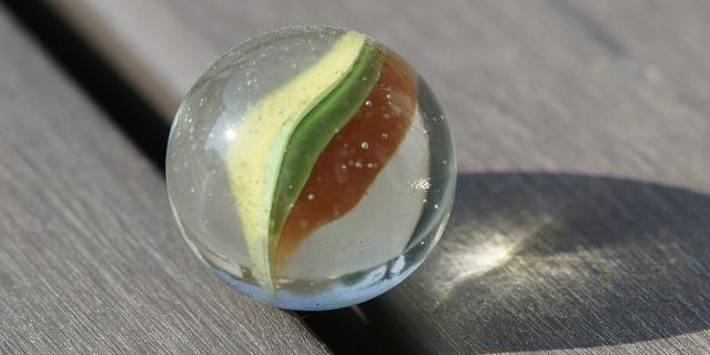 Eine Glas-Murmel