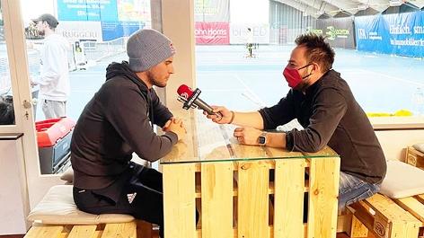 Dominic Thiem und Ö3-Sportreporter Daniel Kulovits