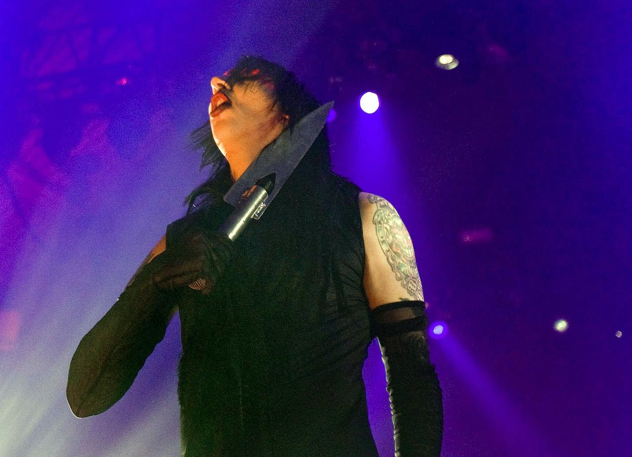US shock rocker Marilyn Manson performs in Den Bosch 12 December 2007
