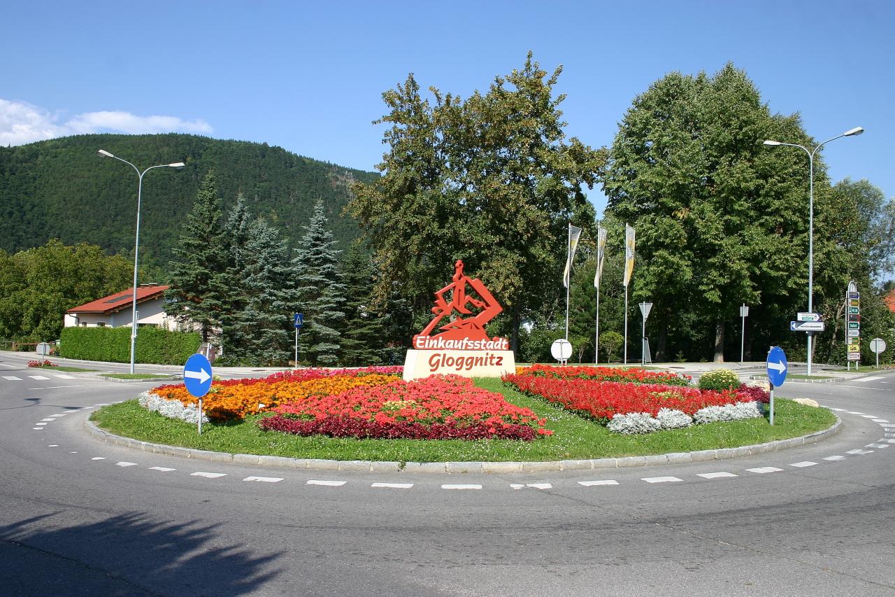 Kreisverkehr in Gloggnitz