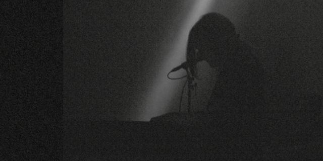 HVOB Live in London Cover - Silhouette von Anna Müller, beinahe alles schwarz