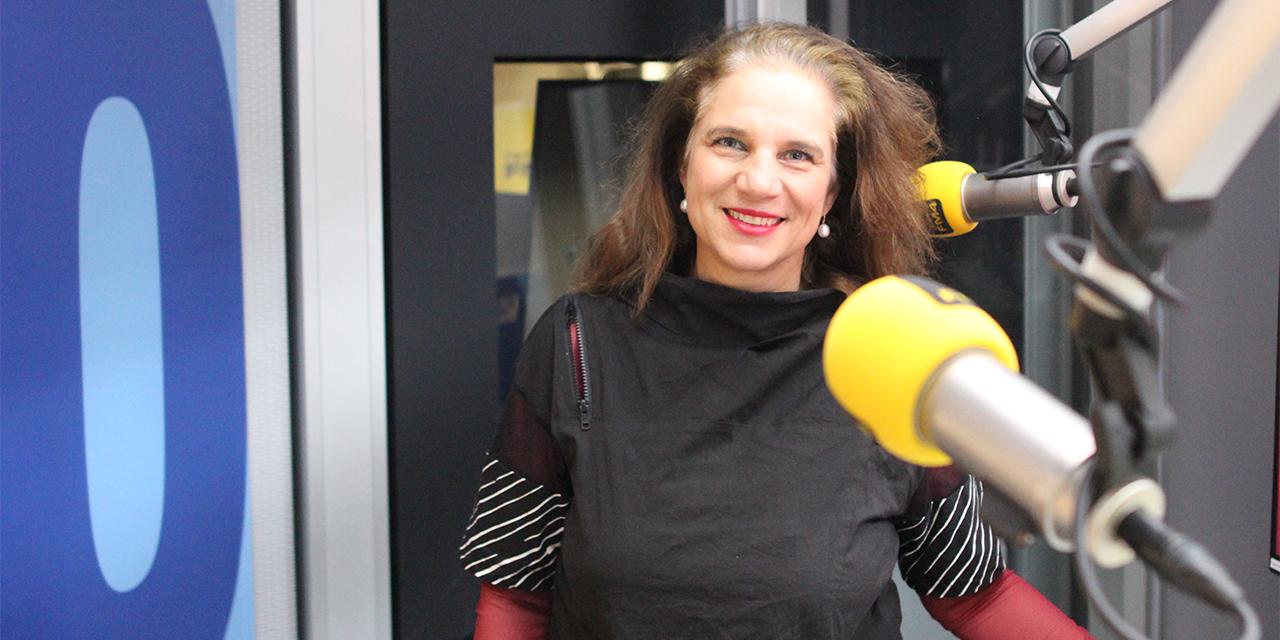 Beatrix Roidinger im FM4 Studio