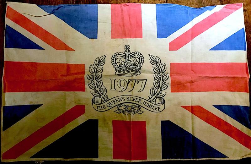 """Union Jack-Geschirrtuch mit der Aufschrift """"1977 - The Queen's Jubilee"""""""