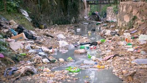 Die Plastikflut  Originaltitel: Die große Plastikflut