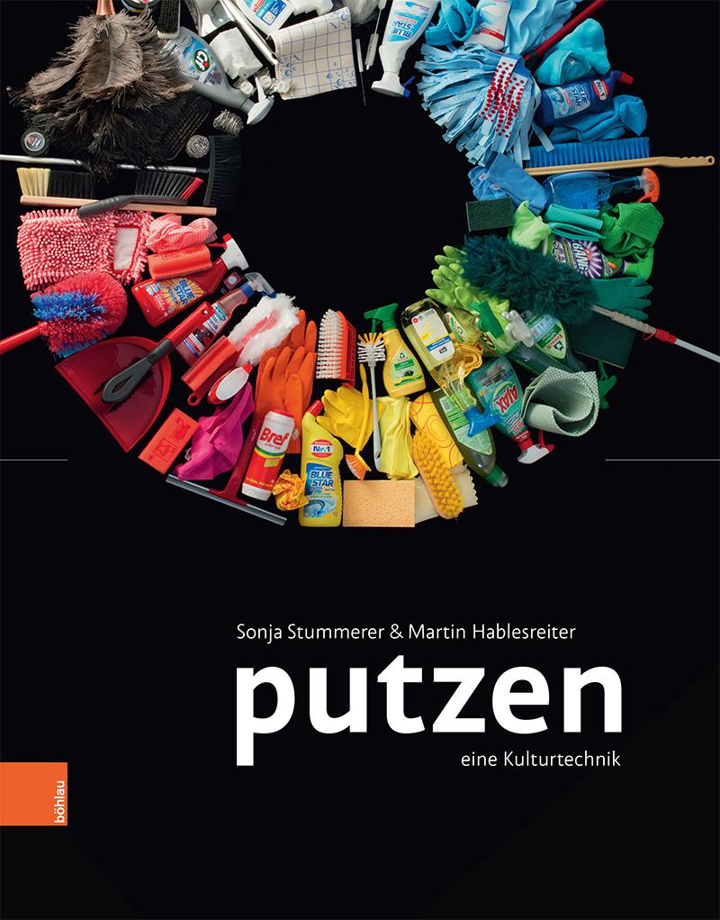 """Putzmittel in einem Kreis angeordnet. Cover des Buches """"Putzen - eine Kulturtechnik"""""""