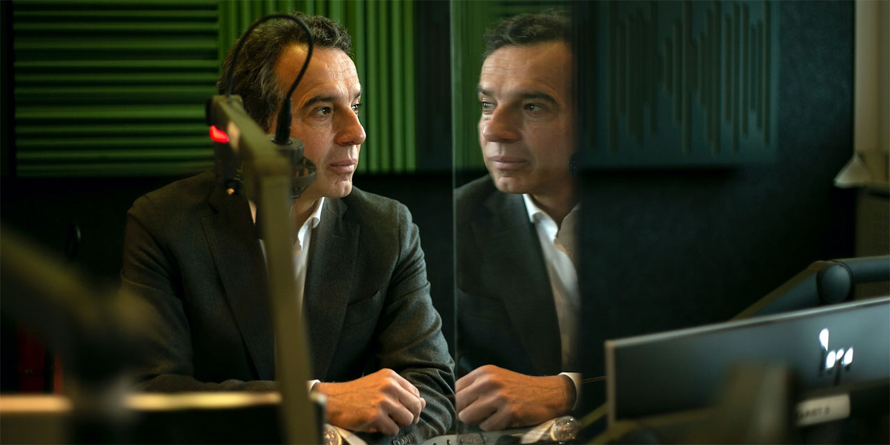 Christian Kern im Radiostudio