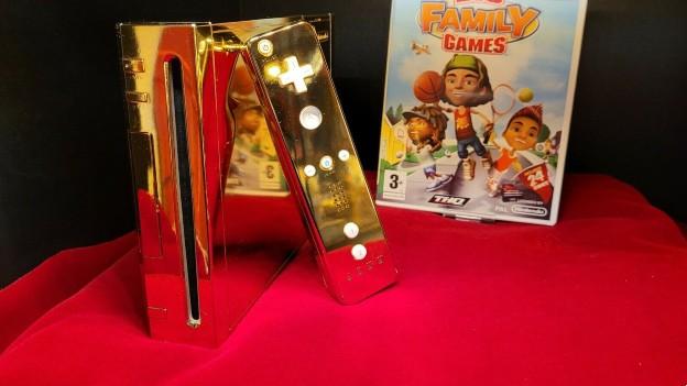 Nintendo Wii aus 24 Karat Gold angeboten, die THQ 2009 der Queen Elizabeth II. schenken wollte.