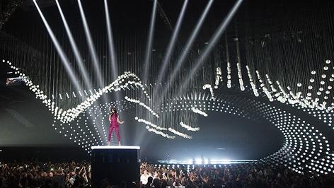 Conchita Wurst bei der Eröffnung des Song Contest 2015 in Wien