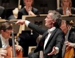 14.05.21 Erlebnis Bühne Wir spielen für Österreich: Franz Welser-Möst dirigiert die Wiener Philharmoniker 160521