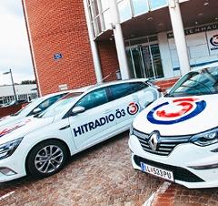 Renault Flotte vor den Ö3-Studios Heiligenstadt