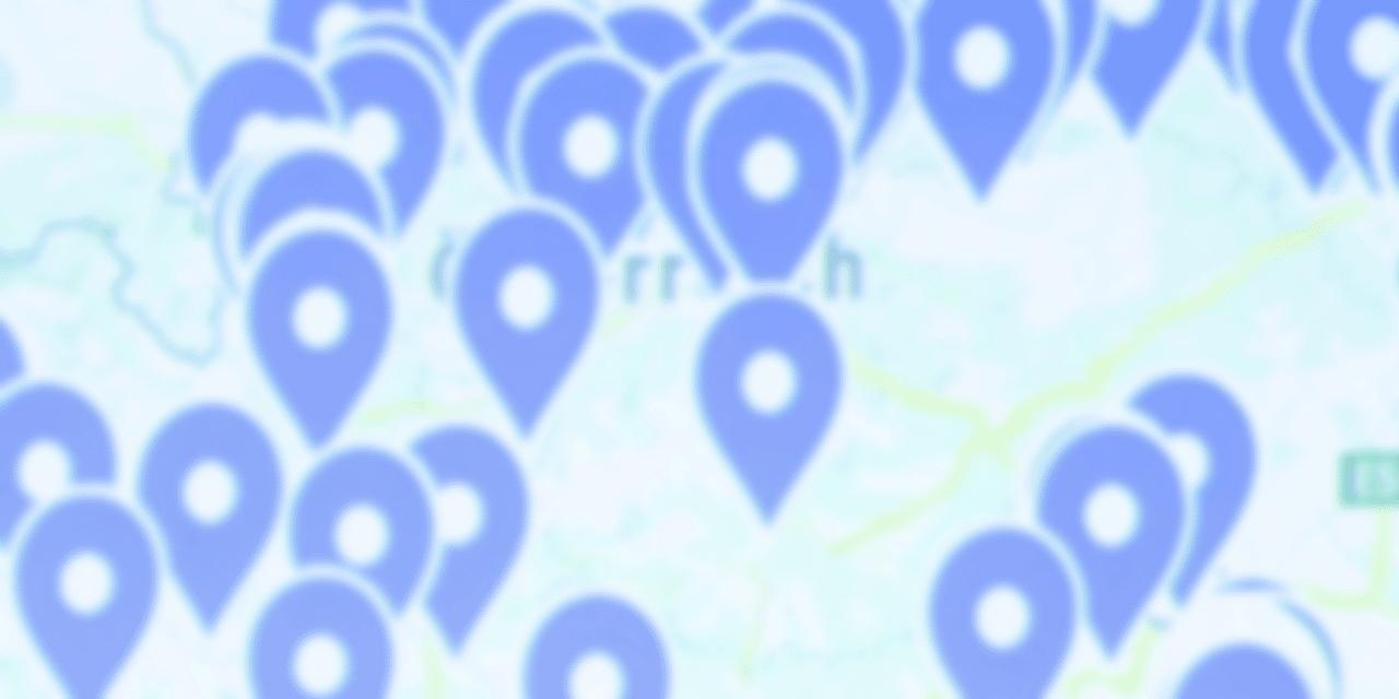 Digitale Karte mit vielen Markierungen
