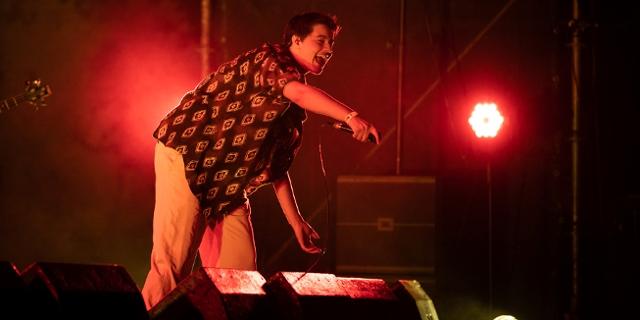Mavi Phoenix beim Popfest 2021 auf der Großen Bühne der Arena Wien